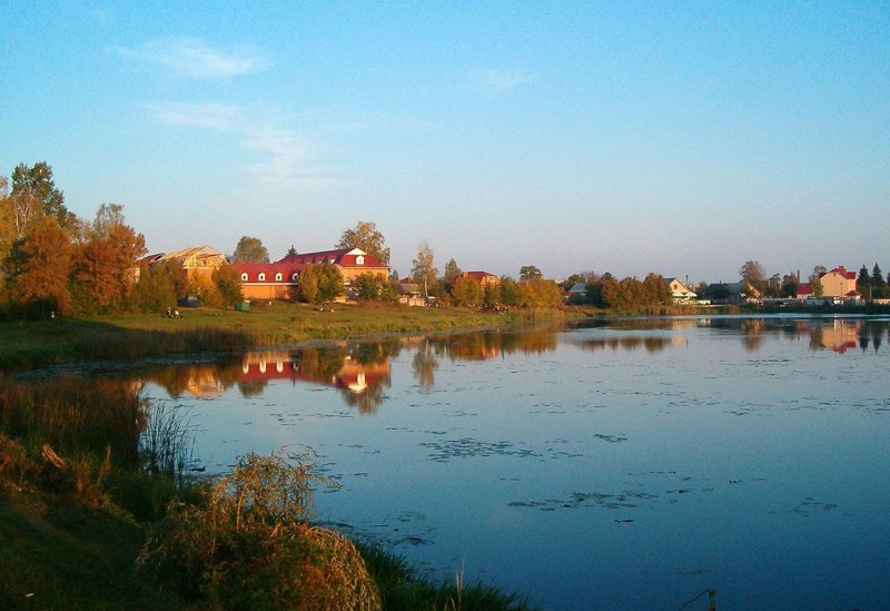 https://commons.wikimedia.org/wiki/Category:Kostopil#/media/File:Kostopil,_Zamchysko_river.jpg