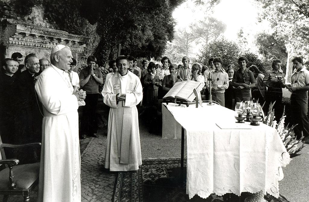 Castel Gandolfo, Ogrody przed Mszą Świętą, 12 VIII 1979 r.