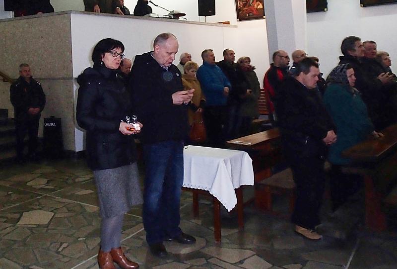 http://www.oaza.pl/droga-krzyzowa-odprawiona-w-28-rocznice-smierci-slugi-bozego-ks-franciszka-blachnickiego/