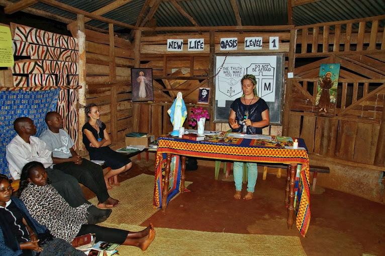 kenia-2014-judyta-sowa-w-czasie-konferencji-na-oazie-i-stopnia