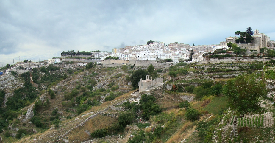 widok na Monte Sant'Angelo